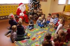 Galeria: Prezenty od Mikołaja i zabawy ze Śnieżynkami z Poradni Psychologiczno Pedagogicznej w Szydłowcu 2013
