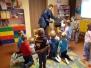 28 listopada przyjechał do nas listonosz, aby opowiedzieć o swojej pracy i przekazać listy do Świętego Mikołaja przygotowane przez dzieci